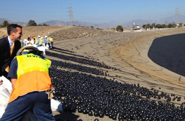 LA Mayor Announces Completion of 'Shade Ball' Cover Project at Los Angeles Reservoir